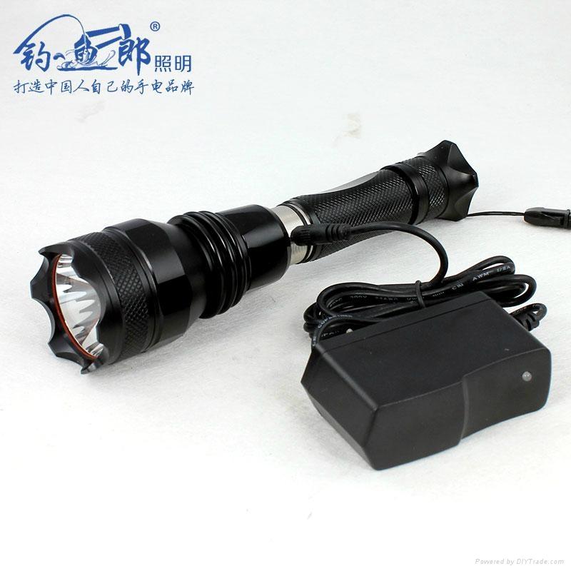 遠射強光手電 2