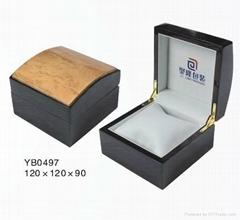 供应木质喷漆手表盒