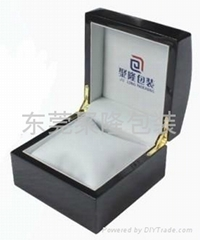 拱頂噴漆手錶盒