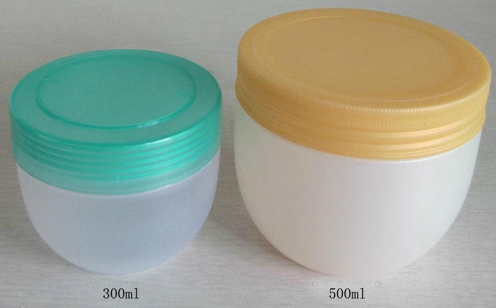 Plastic jar 3