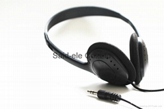 3.5mm low cost disposable earbud headphone for hospital ,school library ,gyms