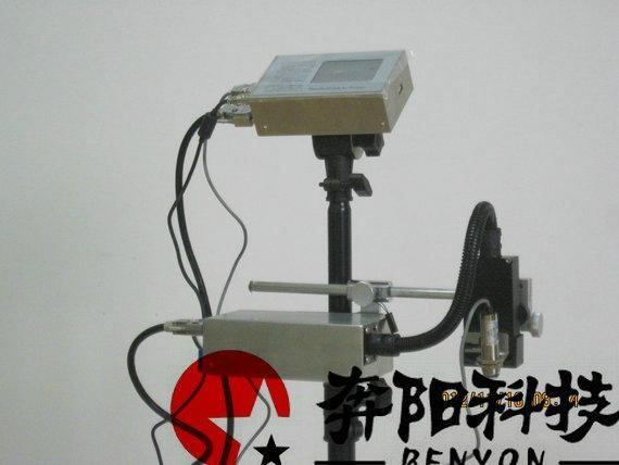在线式触摸屏高解像喷码机 2