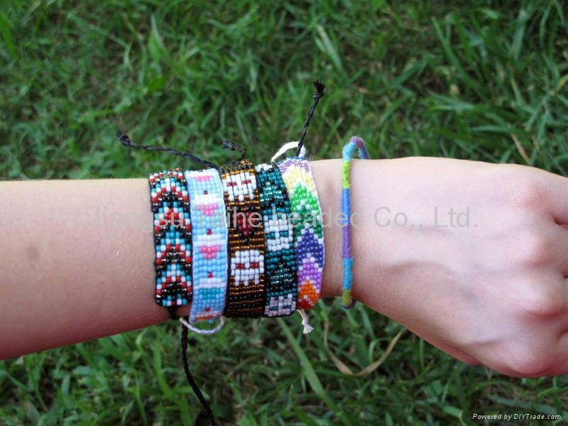 玻璃珠编织手链 3