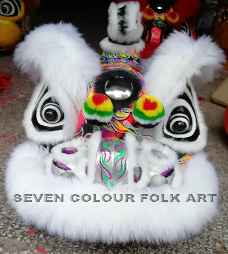 Beautiful hoksan lions with wool in different colors