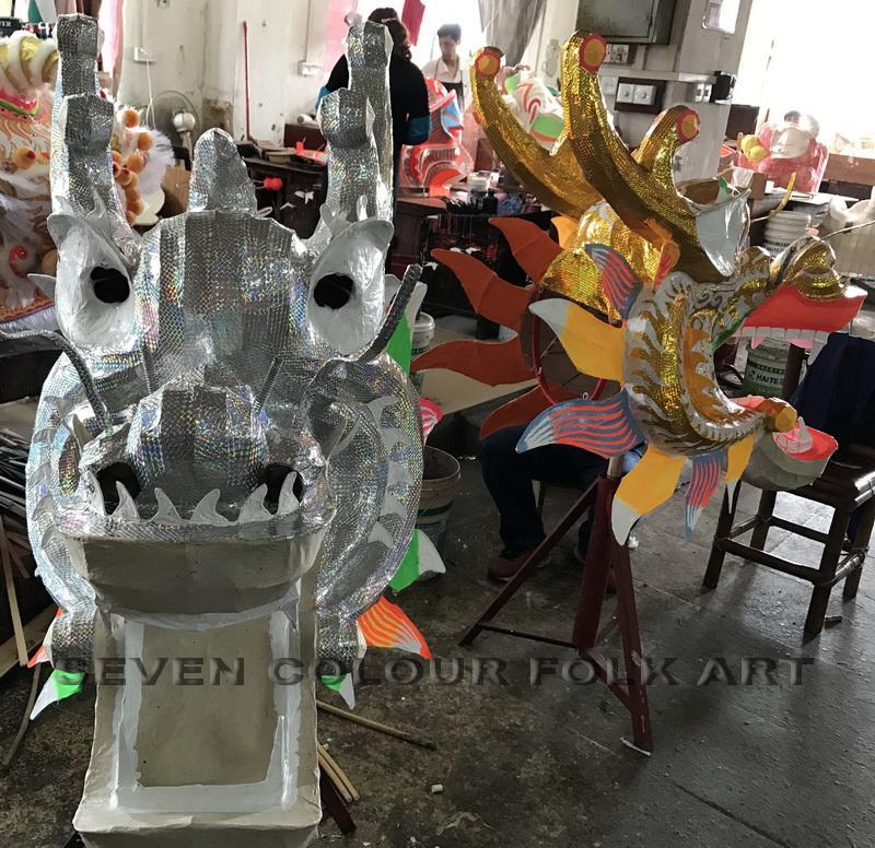 Golden dragon and silver dragon