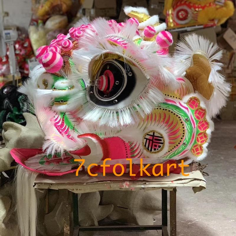 Traditional Futsan style lion heads with gold corn cheeks 4