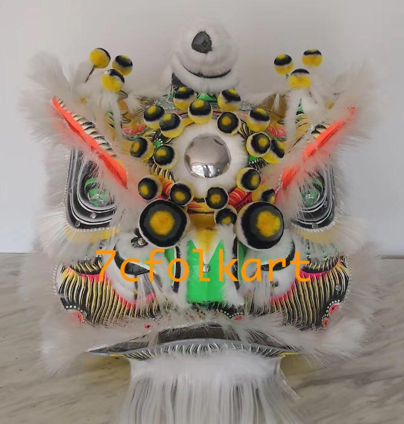 Traditional lion head with white bristle 1