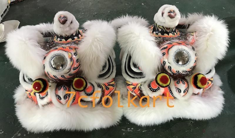 White fur futsan style twins lion heads with LED lights 1
