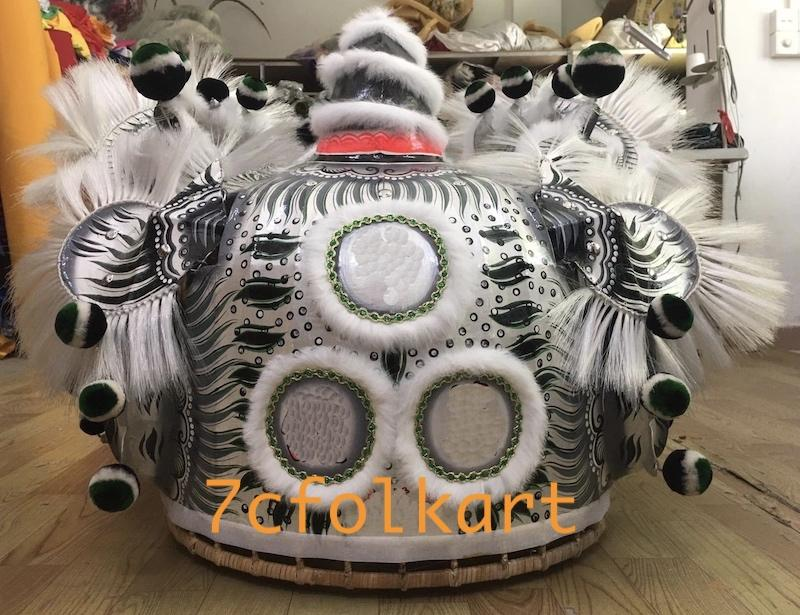 Good quality traditional lion heads 9