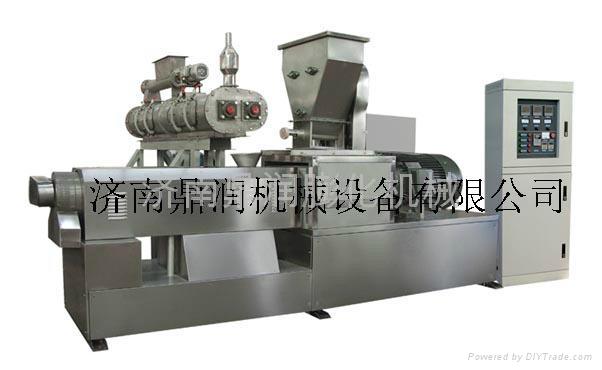 大型双螺杆挤压膨化机 3