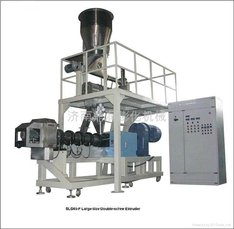 大型双螺杆挤压膨化机 2