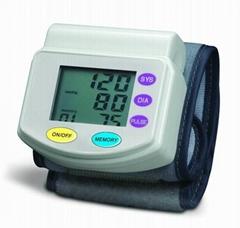 家用腕式血壓計