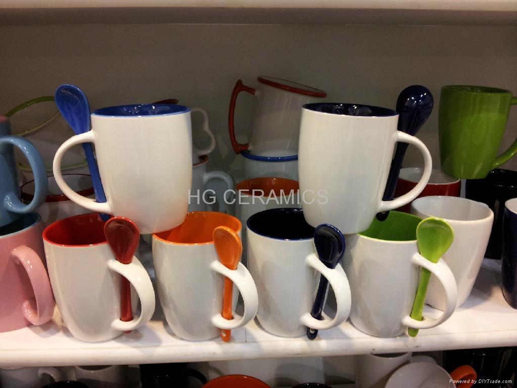Ceramic mug with spoon  2