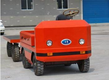 QSDB tractor with explosion-proof accumulator 4