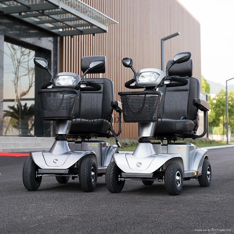 高档老年电动代步车残疾人电动轮椅四轮小电动车s425图片