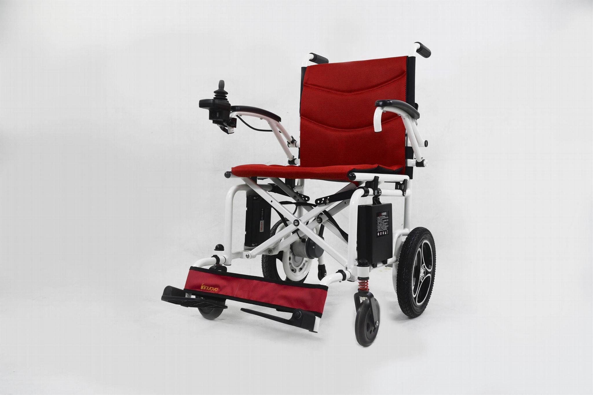 最轻便型可折叠电动轮椅16公斤锂电池  1