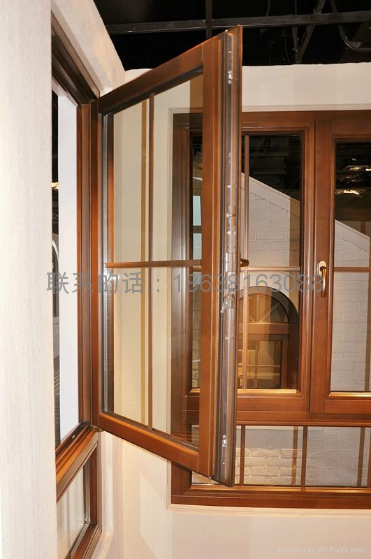 鲁晨集团纯实木窗