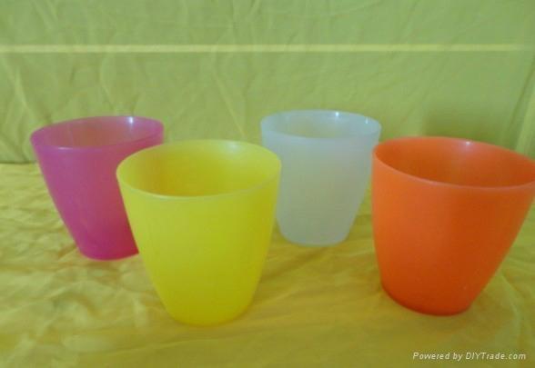 塑料水杯 3
