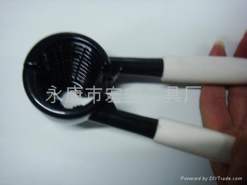 多功能塑料手柄鋁合金胡桃夾核桃夾 可噴橡膠漆 1