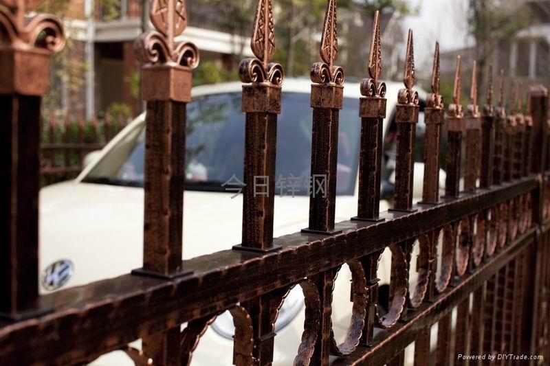 福建红顺缘新款木纹色锌钢护栏 3