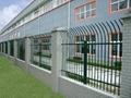 福建红顺缘新款木纹色锌钢护栏 4