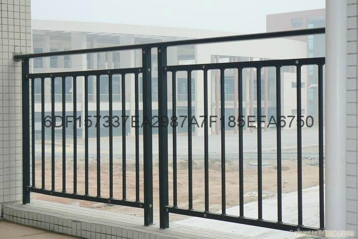 广东珠海锌钢阳台栏杆 4