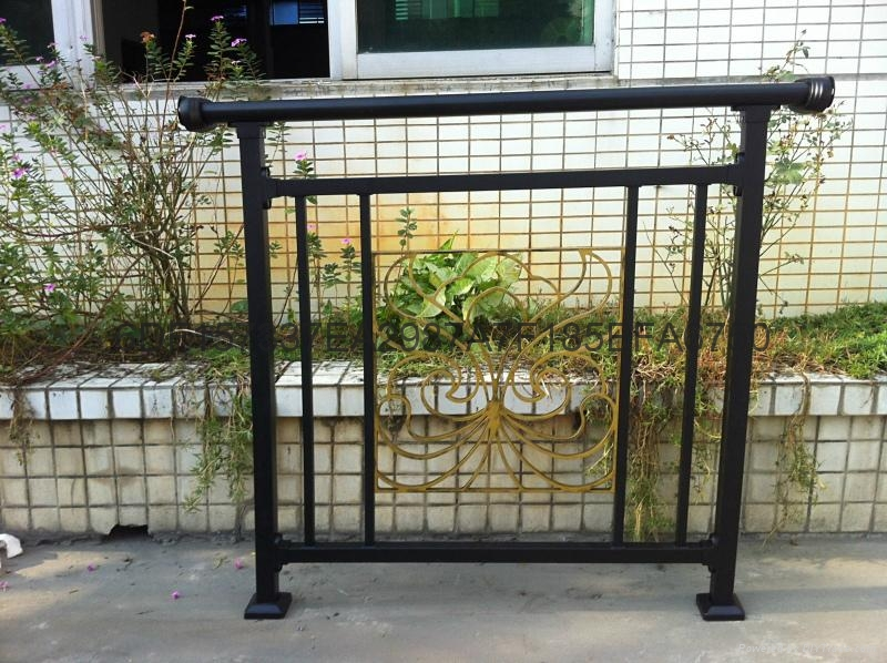 广东红顺缘木纹色护栏蓝加白锌钢栅栏 5