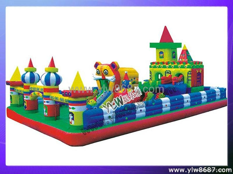 inflatable trampoline bouncer 2