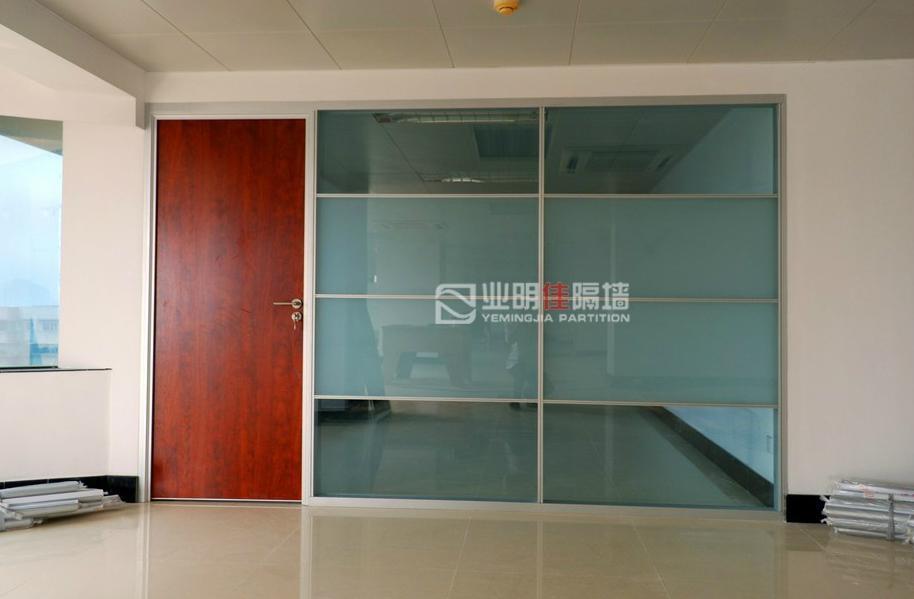 办公室成品玻璃隔断 3
