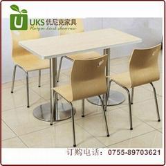 2021快餐桌椅貼心服務  廠家優尼克快餐桌椅