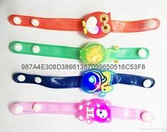 【儿童发光手腕带】 LED闪光手镯 发光手表带 软胶手环 夜光手链