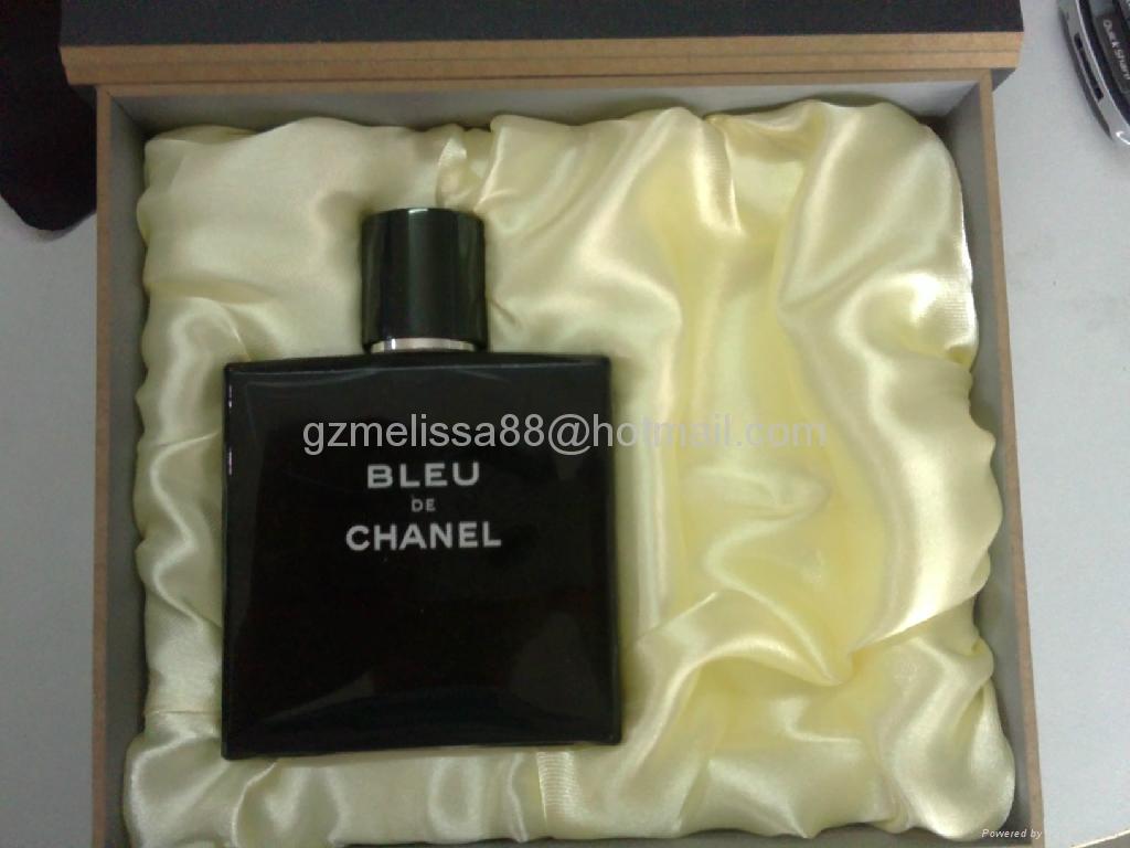 品牌時尚香水禮盒 3