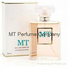 glass bottle perfume