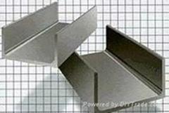台湾304不锈钢槽钢,304不锈钢角钢,304不锈钢扁钢