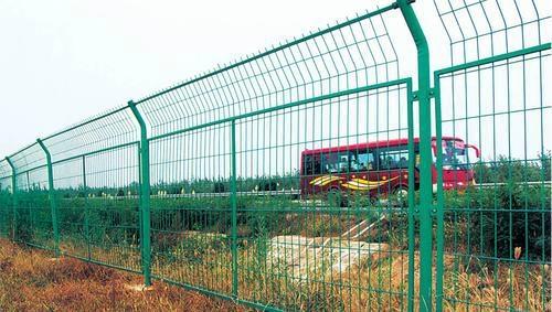 高速公路护栏安全围网 3