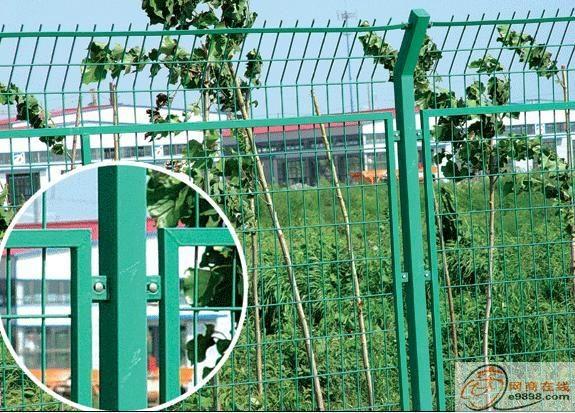 高速公路护栏安全围网 4