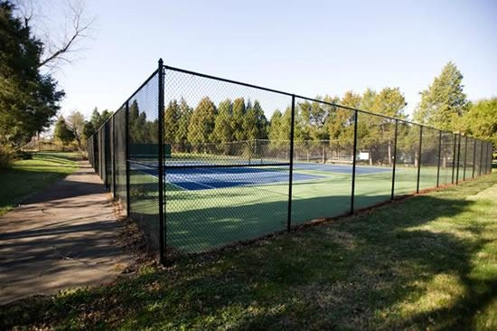 Tennis court chain link wire mesh fence f donglong