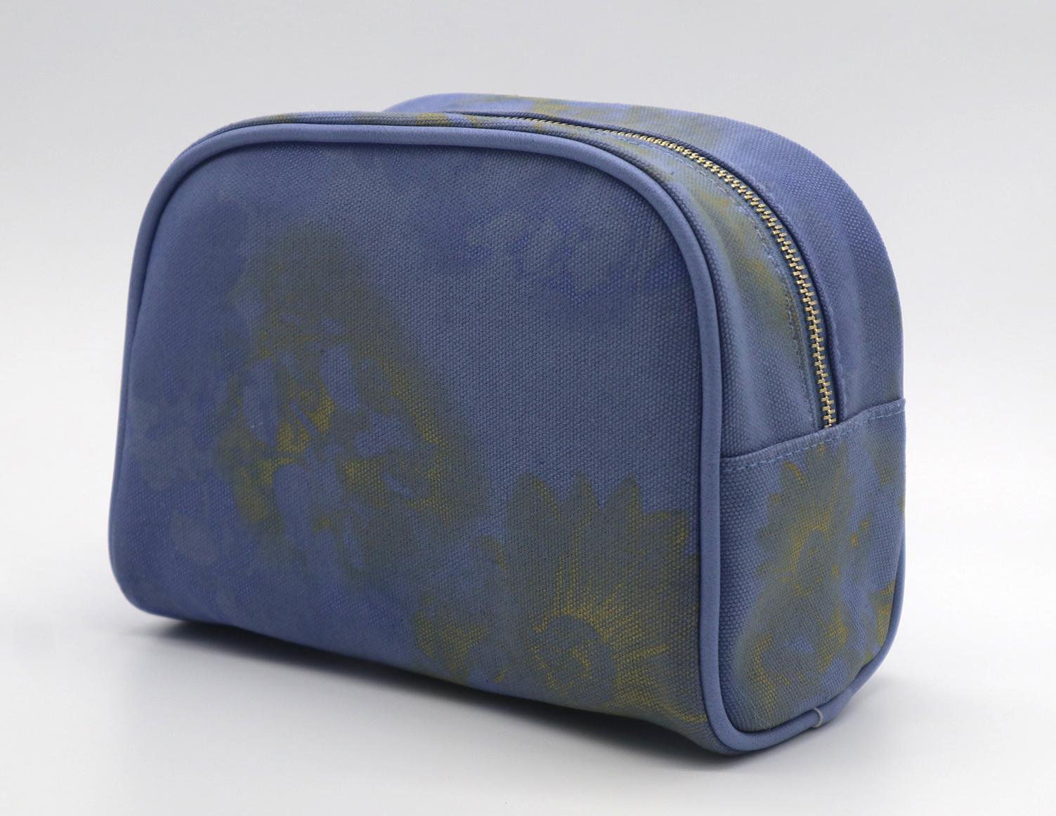 16oz canvas beauty women daisy cosmetic bag sky blue color 2