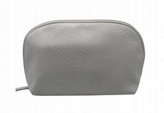 100% crocodile pattern PU shell shape beauty white cosmetic bag