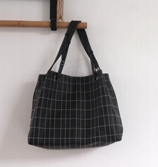 Square PU quilted beauty women shoulder handbag in black colour