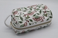 Large capacity women beauty travel cosmetic bag with short handle in white
