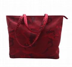 Beauty ladies nylon camouflage waterproof tote bag in garnet colour