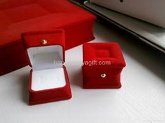 Velvet Ring Jewelry Box