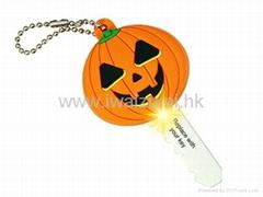 专业生产万圣节礼品-LED灯钥匙套