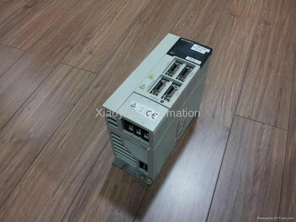 伺服驅動器(MR-J2-60CT) 1