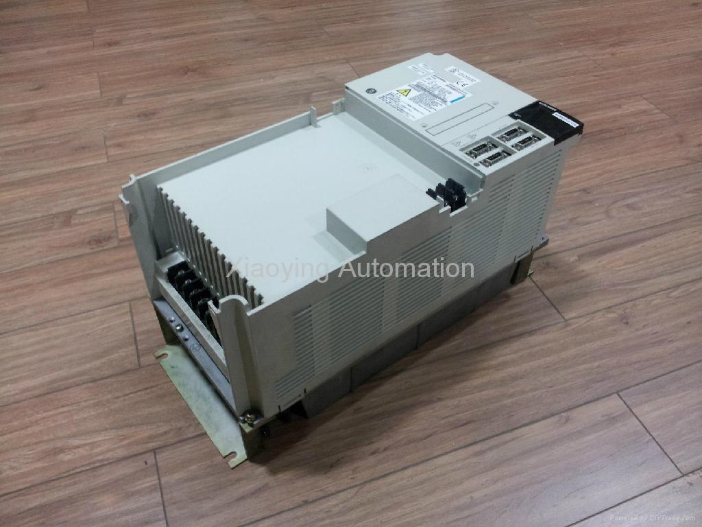 主軸驅動器(MDS-B-SPJ2-110) 2