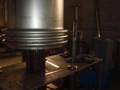[恒昌软管]金属波纹补偿器设备