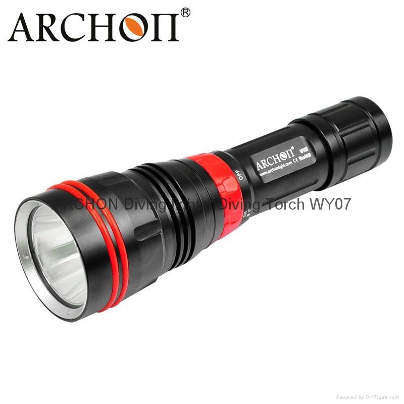 ARCHON奥瞳 DY01潜水手电筒 强光 远射 专业潜水灯 电筒 1000流明 100米  1