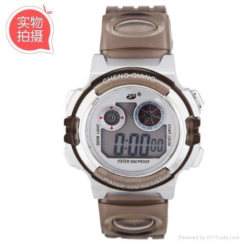 多功能品牌防水手錶  4