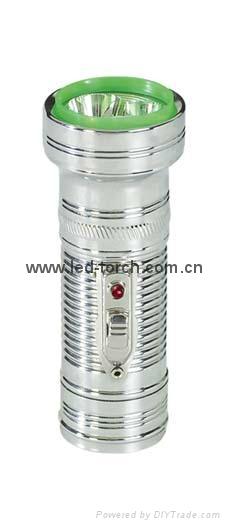 LED金屬/鐵質手電筒 FT1DE1 1